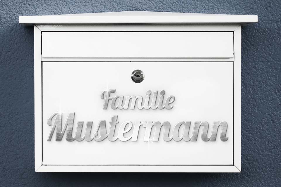 Schriftzug aus Edelstahl als Namensschilder